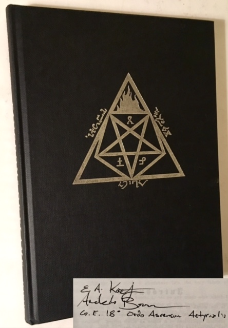 Kingdoms of Flame: A Grimoire of Black Magick, Evocation and Sorcery. Archaelus Baron.